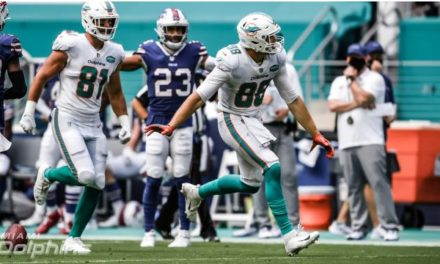 Florida Football Friday: Dolphins Hope to Clinch Playoff Spot in Buffalo