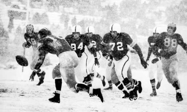 """CFB Flashback: 70-Year Anniversary — Michigan Tops Ohio State in Famed """"Snow Bowl"""" to Win Big Nine"""