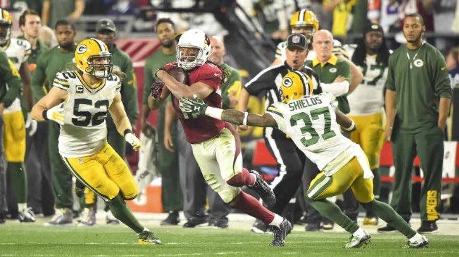 Remembering Past Postseason Match-ups Between Teams from Wisconsin and Arizona
